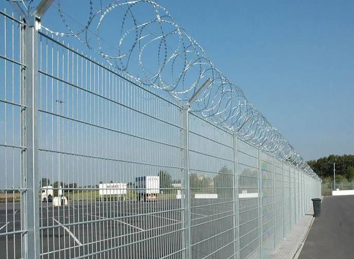 南宁安装护栏网